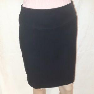 Banana Republic Black Stretch Mini Skirt - Size 6